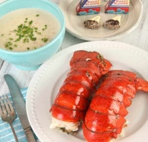 lobster-anywhere-Maine-Squeeze-Lobster-Dinner