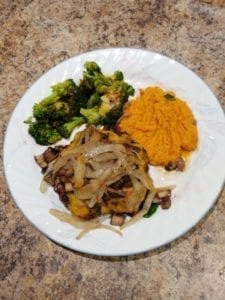 top-chef-meals-bison-burger-broccoli